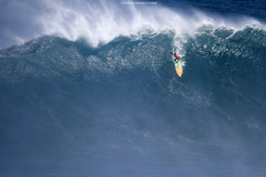 IMG_2234 copy (Aaron Lynton) Tags: surfing lyntonproductions canon 7d maui hawaii surf peahi jaws wsl big wave xxl