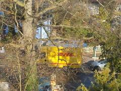 DHL ... (bayernernst) Tags: 2016 dezember 06122016 sn206153 deutschland berlin kraftfahrzeug kraftfahrzeuge kfz van dhl kontrast rot