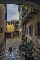 Bergamo, citt alta (Fil.ippo) Tags: milan milano bergamo uppercity cittalta filippo filippobianchi glimpse oldtown lombardy d610 scorcio cityscape houses wet hdr