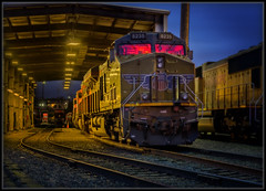 Union Pacific (Ernie Misner) Tags: f8andseethebeautylight unionpacific locomotive train portoftacoma tacomawashington erniemisner nikon d800 nik lightroom capturenx2 cnx2