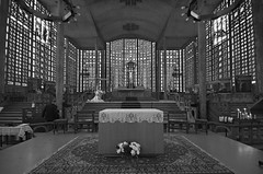 Eglise Notre-Dame du Raincy - 1922 (Thompson Photography) Tags: paristrip1112to111816 notredameduraincy church raincy france nearparis 1922 augusteperret architect gustaveperret engineer margueritehure stainedglassartist 111316 concrete
