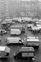 Marktszene (Sven Festersen) Tags: kiel markt analog sw schwarzweis