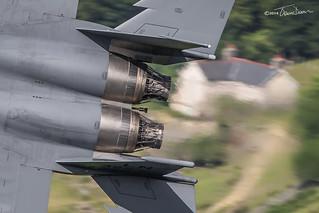 Pratt & Whitney F100 Turbofan engines