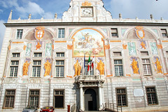"Genoa <a style=""margin-left:10px; font-size:0.8em;"" href=""http://www.flickr.com/photos/64637277@N07/14724156165/"" target=""_blank"">@flickr</a>"