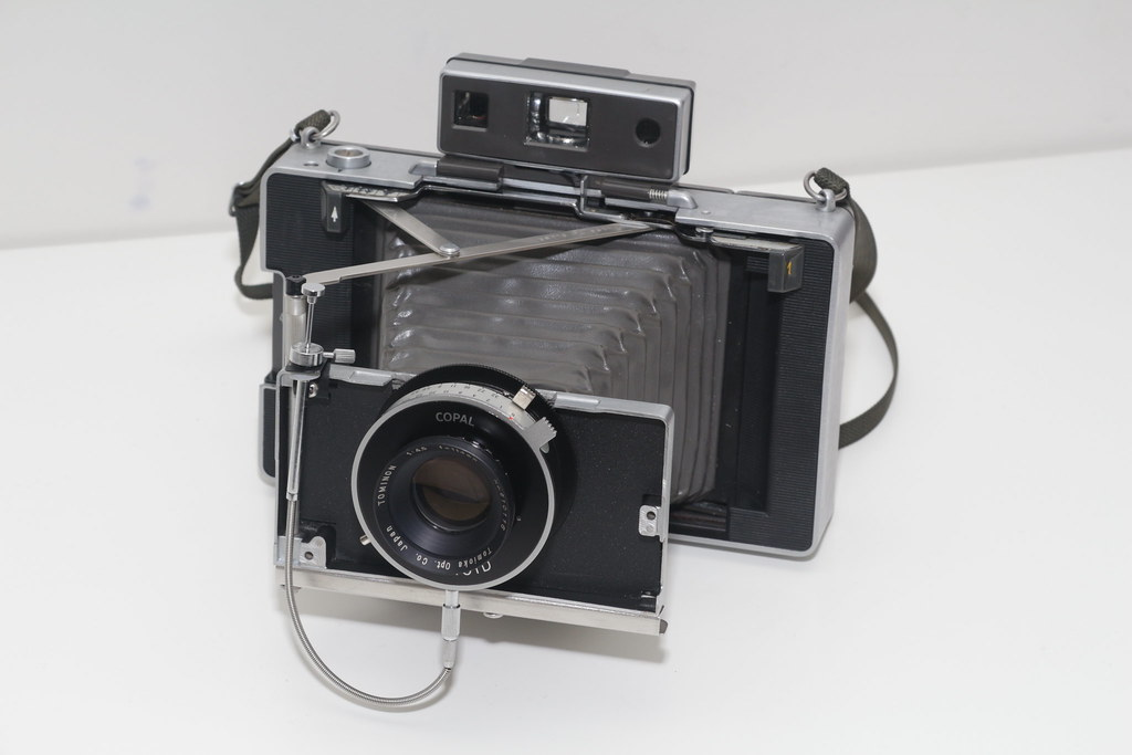 the world s best photos of conversion and polaroid flickr hive mind Polaroid Machine 600 SE