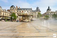 Orlans - Place du Martroi (Pierre Nol) Tags: france place centre orlans loiret