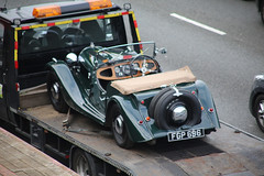 '38' Morgan (kenjonbro) Tags: uk england green stone kent 1938 morgan dartford britishracinggreen sorn thebrent worldcars dartfordrivercrossing 1172cc kenjonbro canoneos5dmkiii canonzoomlensef9030014556 fgp696
