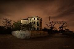 That haunted mansion... (darklogan1) Tags: madrid longexposure nightphotography houses abandoned logan darklogan1