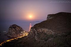 Rising moon (vincenzo martorana) Tags: moon capozafferano montecatalfano