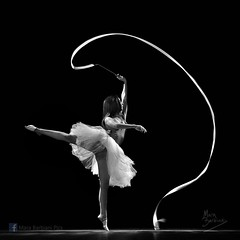 {Lara} (Mara Barbiani Fotografa) Tags: blackandwhite bw ballet photos danza bn fotos
