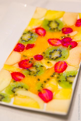 Fruits ! (David Trévien) Tags: food color apple fruit strawberry kiwi couleur fraise assiette pomme carpaccio mangue plateforme aliment fruitdelapassion saladedefruits
