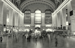 Grand Central Time (steelshoe54) Tags: nyc bw manhattan grandcentral exolore