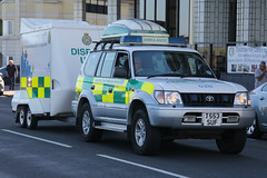 South East Coast Ambulance Service Toyota Land Cruiser Support Vehicle (PFB-999) Tags: car sussex coast support offroad 4x4 south 4wd ambulance east eastbourne toyota land vehicle service trailer seafront beacons emergency cruiser grilles unit 999 strobes lightbar rotators secamb t553suf