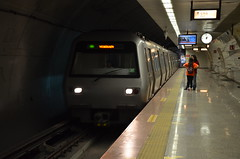 M2 Metro (sgreen757) Tags: building tower public station train turkey underground metro turkiye transport tube istanbul m2 sapphire 4levent