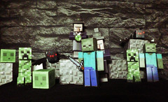 minecraft (rezoduo) Tags: black color green colors wall dark spider lego wizard zombie steve sword videogame slime creeper creature mobs potions potion epee araignee blocs sorcier jeuxvideo ironsword minecraft gravelblock creaturehostiles hostilemobs