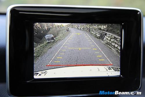 2014-Mercedes-Benz-GLA-79