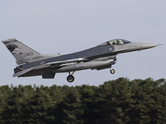 United States Air Force | General Dynamics F-16CM Fighting Falcon | 88-0463 (FlyingAnts) Tags: united states air force general dynamics f16cm fighting falcon 880463 unitedstatesairforce generaldynamicsf16cmfightingfalcon usafang usaf ang rafmildenhall mildenhall egun