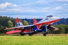 "MiG-29 ""Swifts"" (""Strizhi"") (RealHokum) Tags: mikoyan mig29 fighter fulcrum swifts strizhi airshow aircraft airplane army2016 aerobaticteam kubinka ef200400"