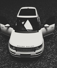 RANGE ROVER AUTOBIOGRAPHY MACHETA (andreea_loredana) Tags: rangerover autobiography dublin macheta beautiful car miniature explore