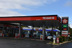 Texaco, Coolquoy Common County Dublin. (EYBusman) Tags: texaco valero petrol gas gasoline filling service station garage coolqoay common county dublin republic ireland spar eybusman