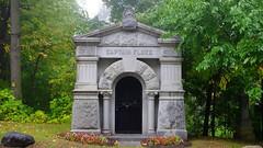 042crpshsatacon (citatus) Tags: captain fluke mausoleum mount pleasant cemetery toronto canada fall afternoon 2016 pentax k3 ii
