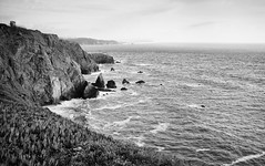 Point Bonita Light House monochrom (mfenne) Tags: marlowe fenne drala images point bonita light house marin headlands san francisco california sea rocks clouds fog leica landscape monochrom