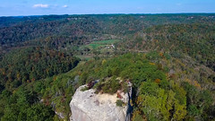 Looking Over Courthouse Rock_032 (refmo) Tags: redrivergorge courthouse rock drone kentucky scenery