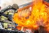 lmh-røyken032 (oslobrannogredning) Tags: bygningsbrann brann nedbrenning nedbrenningsøvelse flammer røykdykker røykdykkere røykdykking øvelse trening