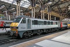 UK, London Liverpool Street Station, Class90 (Nik Morris (van Leiden)) Tags: brel loco class90 abellio geml ipswich greaterangliarailways intercity