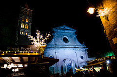 Viterbo - Caffeina Christmas Village (ilSergente) Tags: christmasmarket viterbo caffeina night street