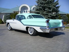 1957 Oldsmobile Starfire 98 Holiday Coupe (Hipo 50's Maniac) Tags: holiday 98 1957 starfire coupe oldsmobile