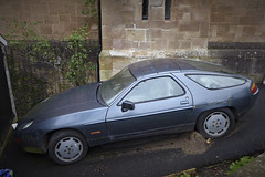 abandoned 928 (Dave S Campbell) Tags: classic abandoned car glasgow rusty porsche southside spotted 928 rustinpeace