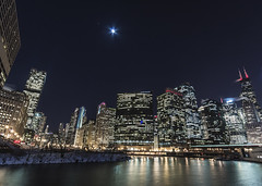 Jupiter over the city (olsonj) Tags: city moon chicago skyline evening jupiter wolfpoint