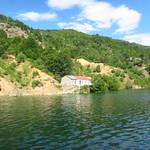 "Lake Koman <a style=""margin-left:10px; font-size:0.8em;"" href=""http://www.flickr.com/photos/14315427@N00/14683467189/"" target=""_blank"">@flickr</a>"