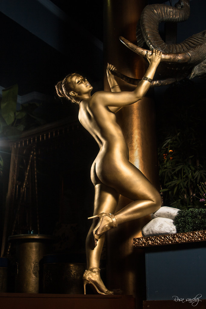 statue body paint nude Gold