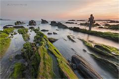 Playa de Bascuas (jojesari) Tags: nw sigma galicia puestadesol 1020 pontevedra suso ocasos solpor blackcard sanxenxo playanudista nd64 bascuas playadebascuas jojesari in06hitech acr83pequeo arregladasportatil9