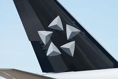 EVA Air B777-300ER B-16701 'Star Alliance' (altinomh) Tags: engine twin mini seven boeing macau 777 triple jumbo b777 etops minijumbo worldliner macauairport
