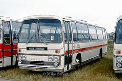 2GT_HillsTredegar_1974_RAX805M_B03995 (Midest_pics) Tags: volvob58 plaxton hillstredegar hilltredegar rax805m