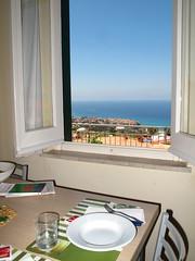 Visione paradisiaca. (sangiopanza2000) Tags: italy panorama window landscape italia finestra vista calabria tropea sangiopanza