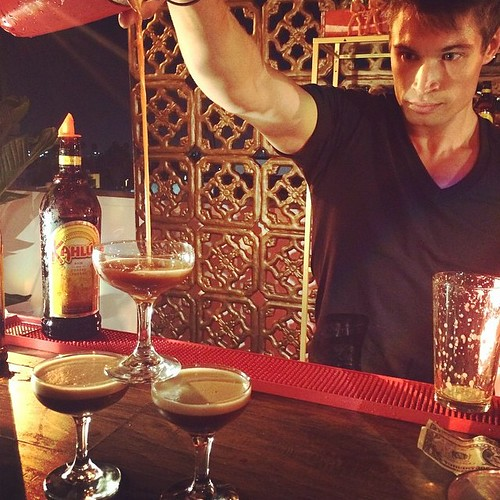 Samuel entertaining & rockin' it behind the bar last night at the Kahlua event @sirenstudiosla!  @kahluaus #regram #events #eventlife #staff #servers #models #hollywood #bartenders #bartricks #flair #KahluaWhiteRussian #blackrussian #200ProofLA #200Proof