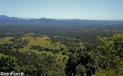 1088 Mt Nebo Rd, Jollys Lookout QLD