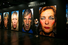 Faces (Chris Buhr) Tags: bruce gilden photokina 2016 faces gesichter gesicht face leica galerie gallery indoor light mp 35mm summilux chris buhr
