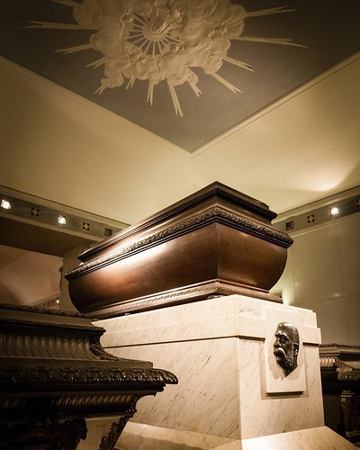 Sarcophagus of Emperor Franz Joseph of Austria with the sarcophagus of Empress Elizabeth, his wife, in the foreground, Imperial Crypt, Vienna. #carloscruzphotography
