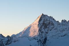 Morning Light ([Alexandre]) Tags: snow adventure sunrise avventura peak alps light mountains xt1 xf90mm fuji italy grivola mountaineering degioz valledaosta it