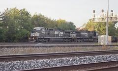 IMG_0160 A (mhellekjaer) Tags: 440 ohio berea norfolksouthern ns locomotive gec408w c408w