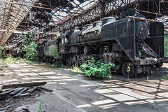 (ilConte) Tags: abbandono abandoned decay hungary ungheria train treno redstar star red traingraveyard
