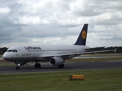 D-AIPA Airbus A320 Lufthansa (Aircaft @ Gloucestershire Airport By James) Tags: manchester airport daipa airbus a320 lufthansa egcc james lloyds