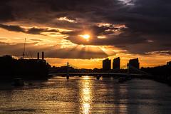 Sunset in Albert Bridge. (dani-daniel) Tags: sunset london londres albert bridge battersea thames chelsea