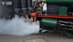 2016-09-17: Steamy Weekend (psyxjaw) Tags: chatham dockyard forties event salutetotheforties kent 40s reenactment historic