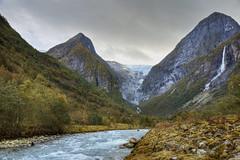 Briksdal gletsjer - Briksdal glacier (Thijs de Bruin) Tags: norway noorwegen briksdalbreen olden gletsjer glacier